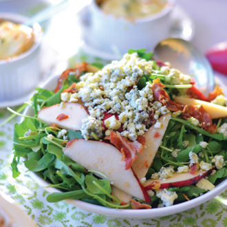 ARUGULA, PEAR, AND PANCETTA SALAD WITH BLUE CHEESE
